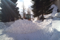 2012-zhadzovanie-snehu007
