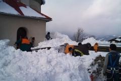 2012-zhadzovanie-snehu044