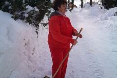 2012-zhadzovanie-snehu047