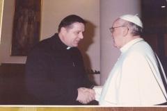 2013 Mrocek a pápež